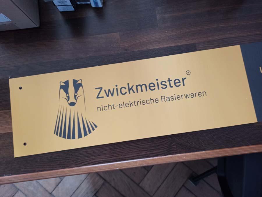 Zwickmeister Schild